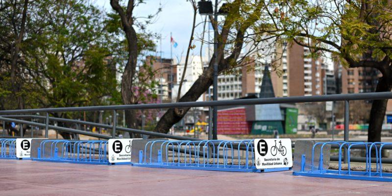 Movilidad Sustentable: Instalaron Bicicleteros En El Palacio 6 De Julio
