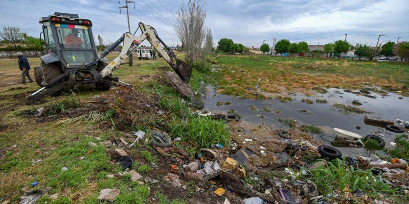 Limpian Lagunas Pluviales De Retención En Barrio Juan Pablo II