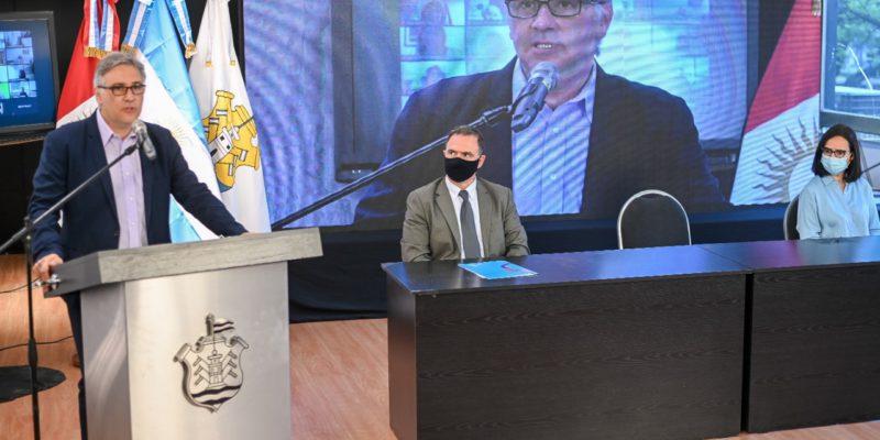 Llaryora Inauguró El III Congreso Municipal De Educación