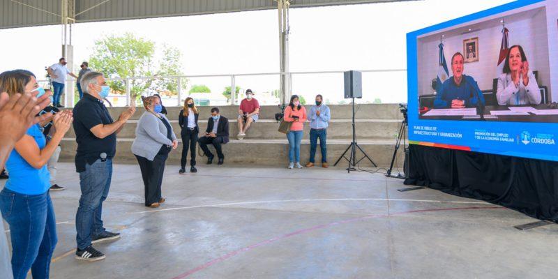 Schiaretti Y Llaryora Inauguraron Obras De Infraestructura En Barrios Villa Inés, Campo De La Ribera Y El Trébol