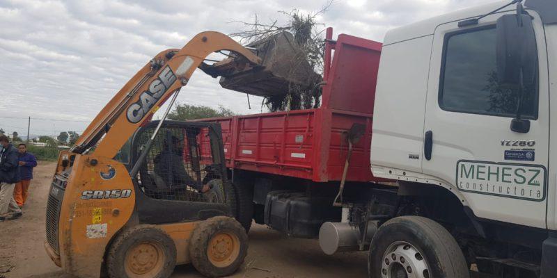 La Municipalidad Retiró Más De 150 Toneladas De Residuos De Un Macrobasural En Barrio Los Boulevares