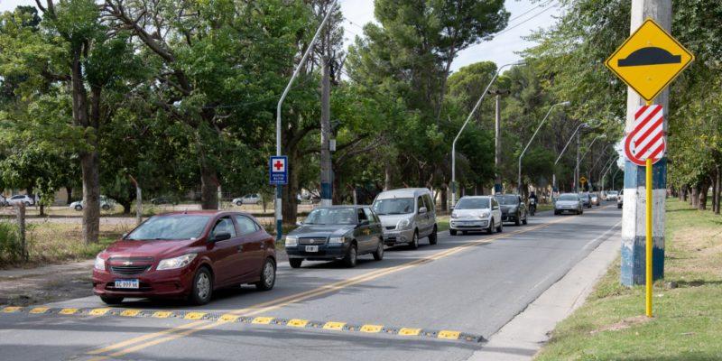 Colocan Reductores De Velocidad En Avenida Cruz Roja