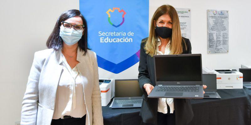 Comenzó La Distribución De Equipos Informáticos A Instituciones Educativas Municipales