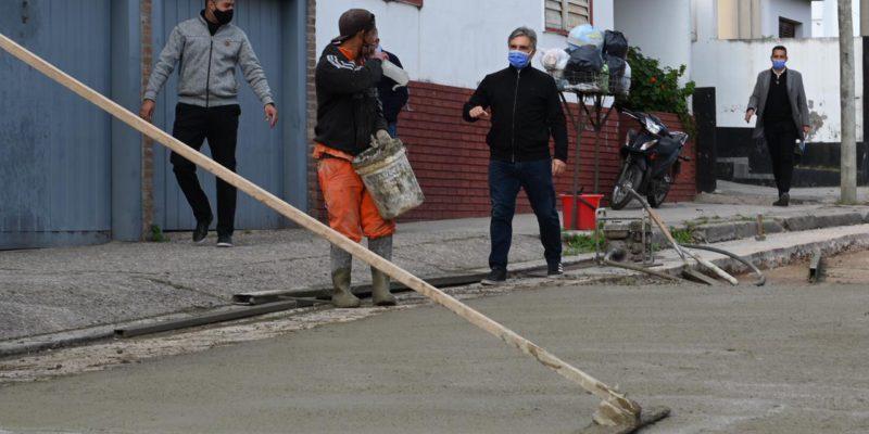Avanza La Obra De Reparación Del Pavimento En Calle Martín García