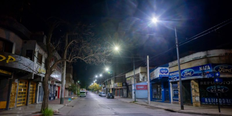 Barrio Ducasse Ya Cuenta Con LED En La Totalidad De Sus Luminarias