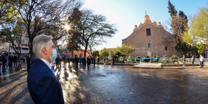 En El Cumpleaños De Córdoba, Llaryora Recordó A Los Equipos De Salud