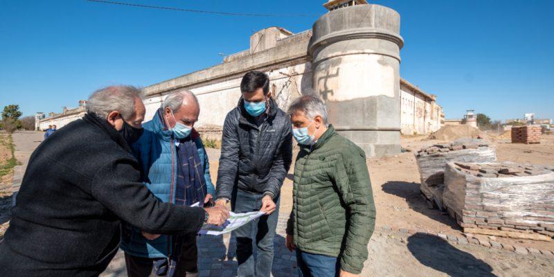 Llaryora Recorrió Las Obras Del Parque Abierto En El Predio De La Ex Cárcel De Barrio San Martín