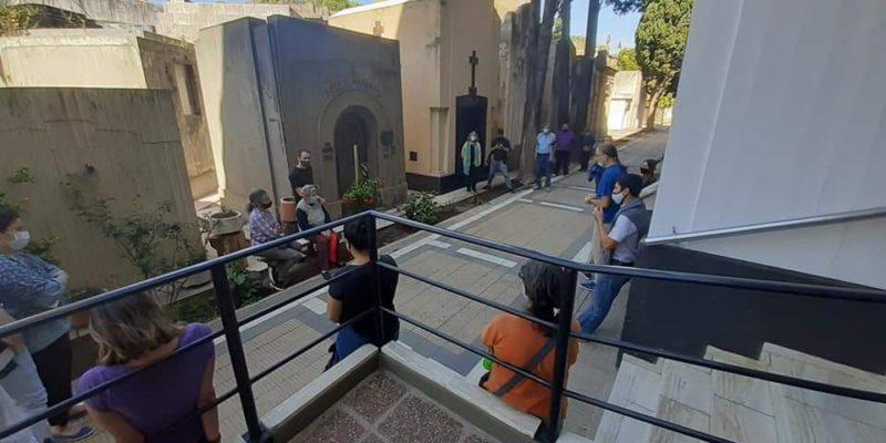 Cementerio San Jerónimo: Las Visitas Guiadas Suman Intérpretes De Lengua De Señas