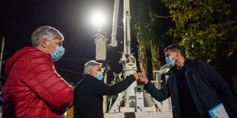 Con Una Inversión Superior A Los $1.000 Millones, Comienza El Plan De Instalación De 20.000 LED En Los Barrios