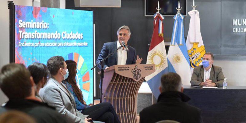 El Intendente Inauguró Un Seminario De Educación Orientado A La Formación En El Desarrollo Sostenible
