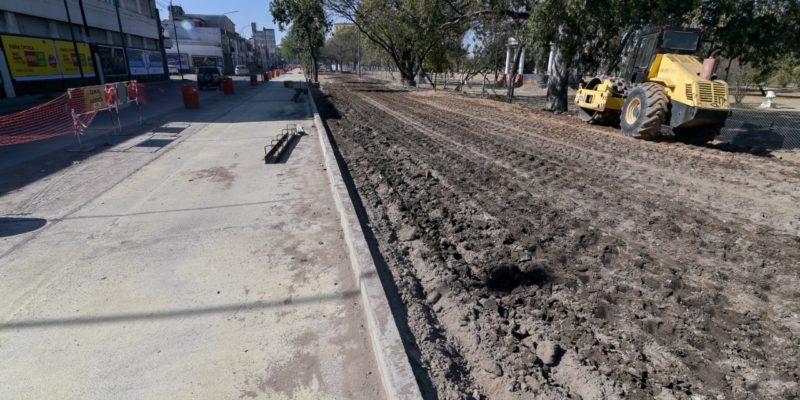 Bv. Las Heras, Con Calzada Reducida Por El Avance De Las Obras Del Nuevo Parque Las Heras-Elisa
