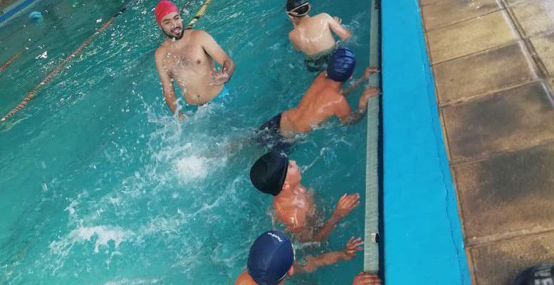 """Comenzó A Desarrollarse El Proyecto """"Pequeños Nadadores"""" En Escuelas Municipales"""