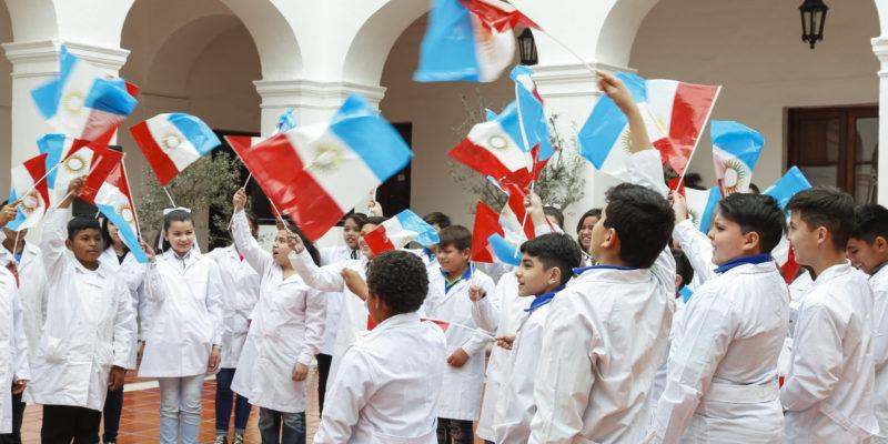 Las Escuelas Municipales Conmemoraron La Bandera De Córdoba En El Mes De La Educación