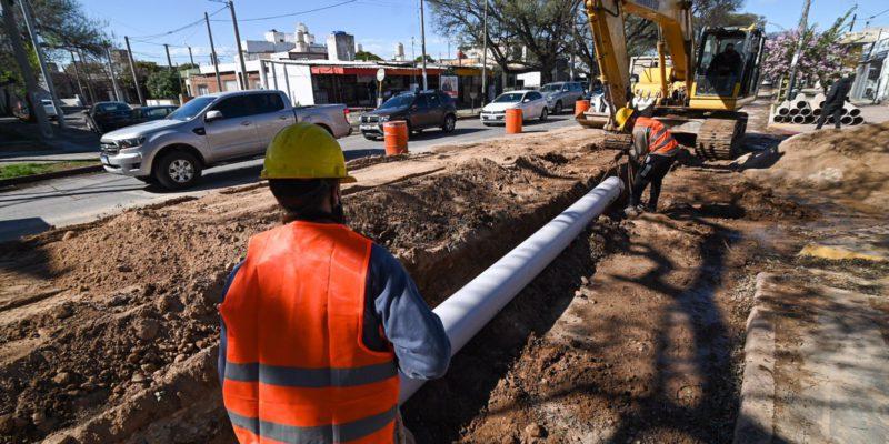 Inició La Construcción De Un Aliviador Cloacal Que Beneficiará A 12.000 Vecinos De Seis Barrios