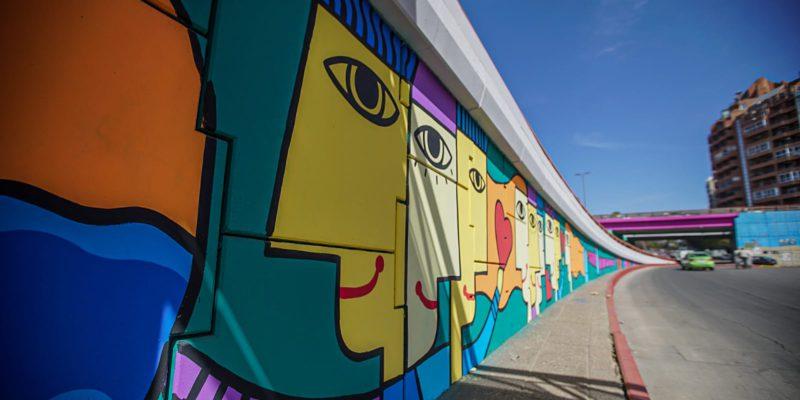 Dos Puentes Cercanos A La Terminal Embellecen La Ciudad Con Colorido Arte Urbano