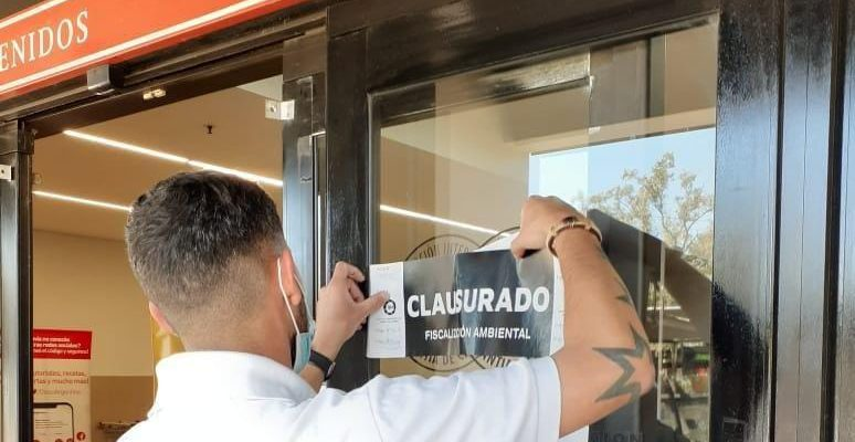 Clausuran El Supermercado Disco De La Avenida Recta Martinolli Al 8400
