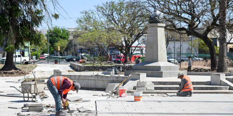 Barrio Pueyrredón: La Plaza Alem Tendrá Riego Por Aspersión, Estación Solar Y Nuevas Veredas